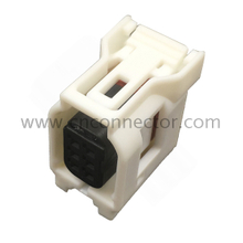 6189-1142 0.60mm pitch 6 pin female connector housing socket